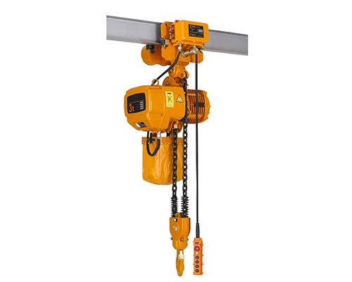 What are the dangers of overloading electric hoist?